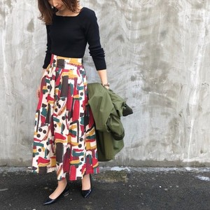 Geometric print skirt【RE LEAN】